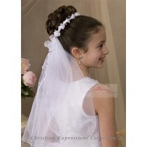 First Communion Wreath Veil with Small Flowers and Pearls